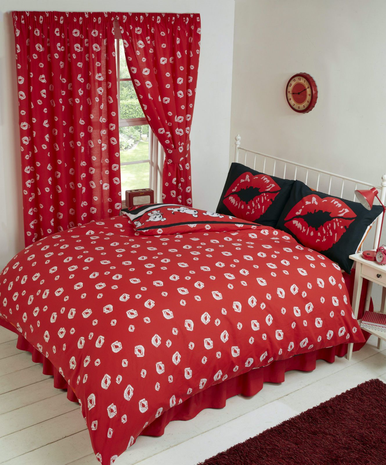 BETTY BOOP REVERSIBLE BEDDING DUVET QUILT COVER SET POLKA